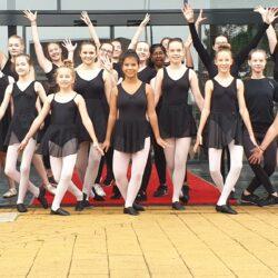 This is me! Scala Steenwijk danst op straat