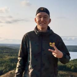 Rapper Kurki, Koen Poelstra, wint Bridging the Gap