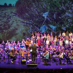Symfonica in D 2021: pop up orkest met koor in het Atlas Theater in Emmen